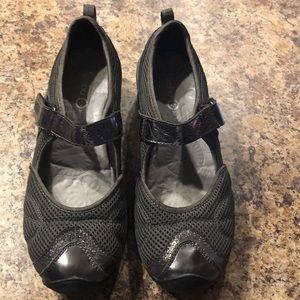 Jambu unique Mary Janes shoes size 7 Cascade